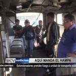 Extorsionadores prenden fuego a unidad de transporte público