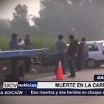 Dos muertos y dos heridos deja choque entre auto y camión