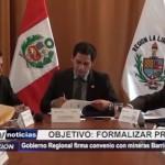 Gobierno Regional firma convenio con mineras Barrick y La Arena