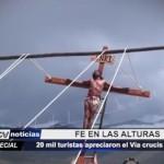 20 mil turistas apreciaron el Vía Crucis de Otuzco