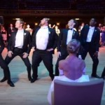 Bailarín sorprende con increíble coreografía en su boda