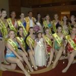 Presentan a reinas y bastoneras del  65° Festival Internacional de Primavera