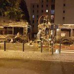 """Jóvenes incendian un bus y gritan """"Allahu akbar"""" en Francia."""