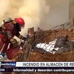 Trujillo: Se incendia almacén de reciclaje informal cerca al mercado de papas