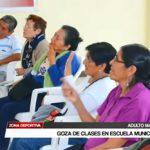 Ajedrez: Adulto mayor goza de clases en escuela municipal