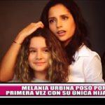Melania Urbina posó por primera vez con su única hija