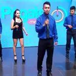 La Orquesta Distintos De Richy Francia Chapa canta su tema Mix Colombiano