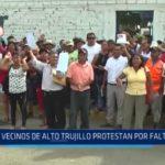 Alto Trujillo: Vecinos protestan por falta de agua
