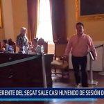 Gerente del SEGAT sale casi huyendo de sesión de Concejo