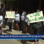 Piura: Familiares de policías acusados protestan en Poder Judicial