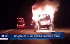 Huarmey: Pasajeros se salvan de morir en incendio de bus