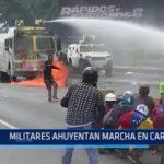 Venezuela: Militares disuelven marcha de protesta en Caracas