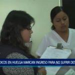 Piura: Médicos en huelga marcan ingreso para no sufrir descuentos