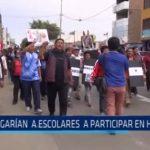 Algunos docentes estarían obligando a escolares a participar en huelga