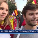 España: Miles en Barcelona celebran fiesta nacional