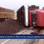 Laredo: Camión se despista por evitar chocar contra patrullero