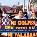"""Chiclayo: Cientos participan en marcha """"Ni una menos"""""""