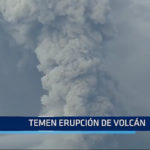 INDONESIA: Temen erupción de volcán
