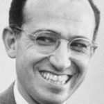 Jonas Salk descubre la vacuna contra el polio