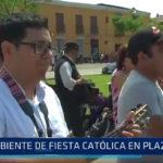 Trujillo: Ambiente de fiesta cátolica en Plaza Mayor