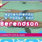 Aprendiendo a nadar: Nuestro querido Max Berendson Loyer primer contacto con el agua