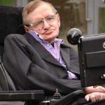 Nace el científico Stephen Hawking