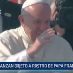 Chile: Lanzan objeto a rostro de Papa Francisco