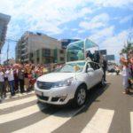Papa Francisco recorre el distrito de Buenos Aires