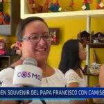 Trujillo: Venden souvenir del Papa Francisco con camiseta peruana