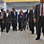 Ministro Salinas dialogó con ex campeón mundial de matemáticas Claudio Espinoza Choqquepura