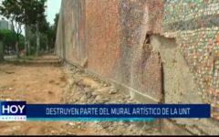 Destruyen parte del mural artístico de la UNT