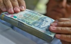 PPK aprobó el aumento del sueldo mínimo a 930 antes de renunciar