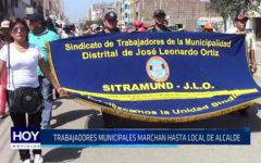 Chiclayo : Trabajadores municipales marchan hasta local de alcalde
