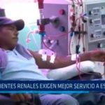 Pacientes renales exigen mejor servicio a EsSalud