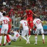 Inglaterra venció 2-1 a Túnez con gol agónico en los últimos minutos
