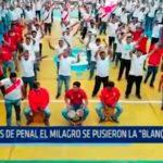 """Reos del penal El Milagro se pusieron la """"Blanquirroja"""""""