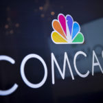 Comcast se rinde y no va por Fox, deja camino libre a Disney