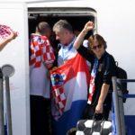 Selección de Croacia es recibida como campeones