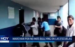 Marcha por no más bullying en las escuelas