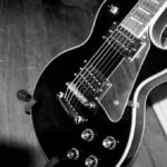 Patentan la guitarra eléctrica en los Estados Unidos