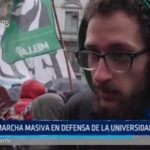 Argentina: Marcha en defensa de la universidad pública