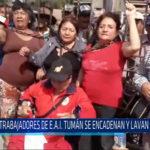 Chiclayo: Trabajadores de la E.A.I. Tumán se encadenan y lavan  banderas