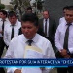 """Protestan por guía interactiva """"Checa tu taxi"""""""