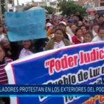 Pobladores protestan en los exteriores del Poder Judicial