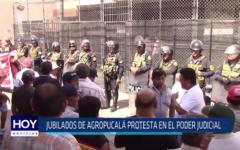 Chiclayo: Jubilados de Agropucalá protesta en el Poder Judicial