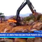 La Libertad: pobladores se unen para reconstruir puente en Sinsicap