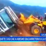 La Libertad: volquete casi cae a abismo en carretera a la sierra