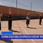Chiclayo: Seguridad escolar cuida a los alumnos de su colegio ante pared en mal estado