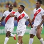 Edison Flores anotó el 3-1 para llevarse la victoria ante Bolivia