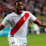 """Copa América: Farfán voltea el marcador y pone el 2-1 a favor de la """"Blanquirroja"""""""